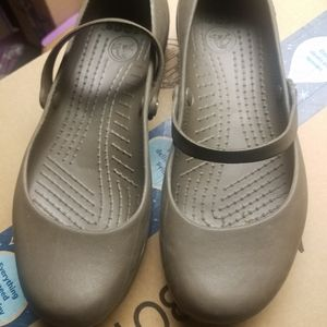 Size 8 Brown Crocs